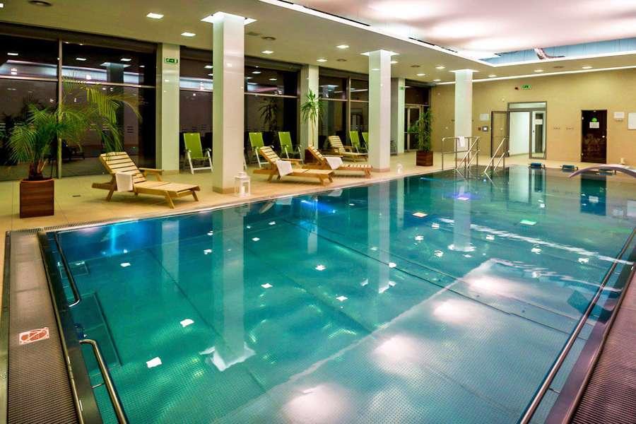 Bazén v AD Landek