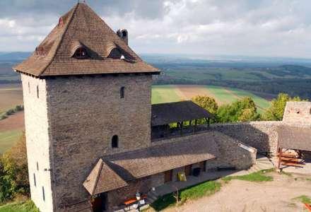 Hradní věž hradu Starý Jičín