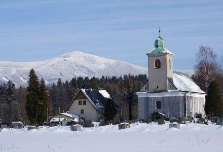Farní kostel sv. Jana Nepomuckého Čeladná