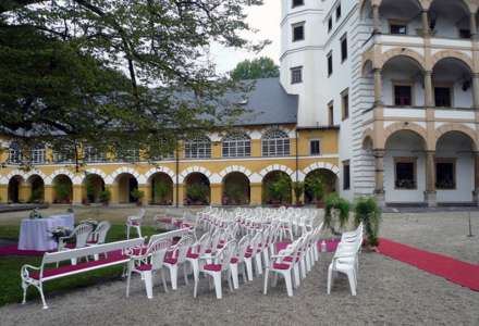 Klášterní hudební slavnosti - festival klasické hudby na zámku Velké Losiny