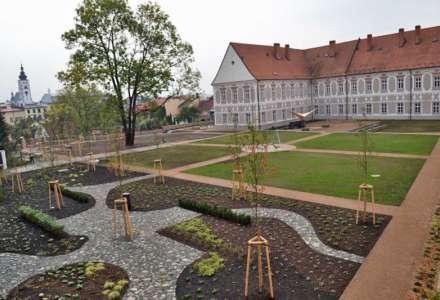 Procházka piaristickými zahradami v Příboře