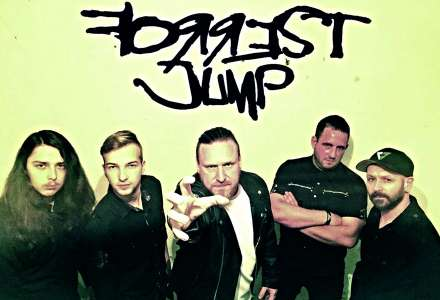 Forrest Jump, Gate Crasher, Dr. Doll