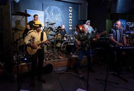 Santana Tribute Band + Retro Machine