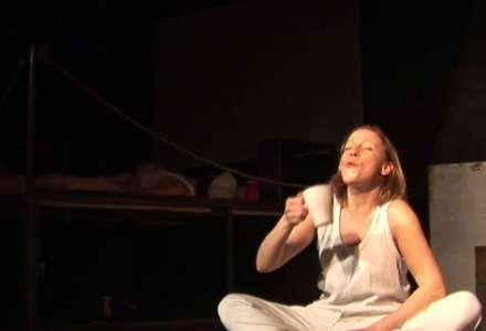 #Kultura on-line: Divadlo Tramtarie - Válka s mloky