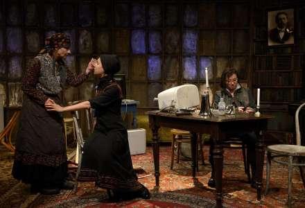 #Kultura on-line: Komorní scéna Aréna - Ruská zavařenina
