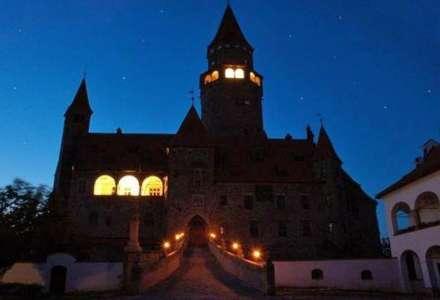 Noc kostelů na hradě Bouzov
