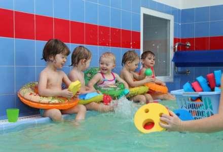 Zimní plavání rodičů s dětmi
