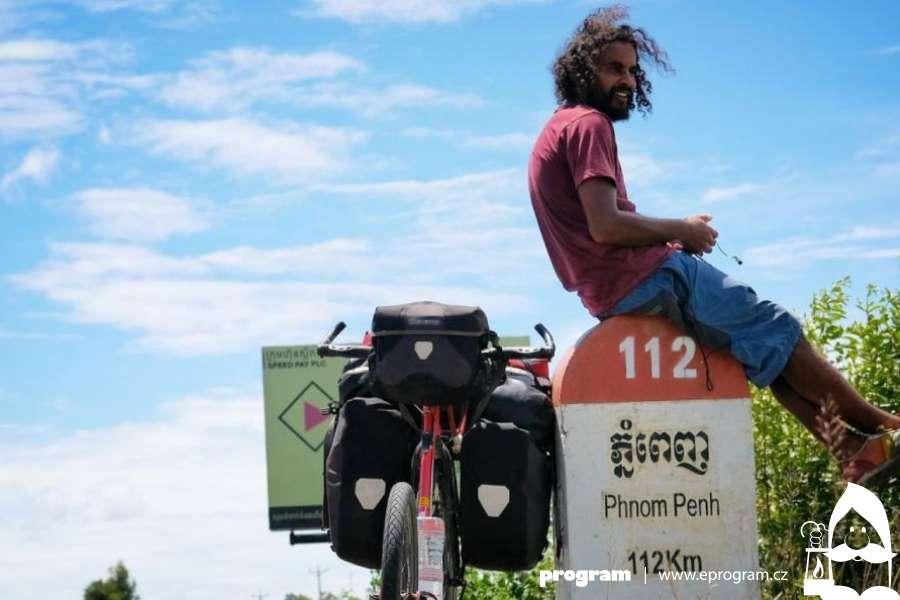 Marek Jelínek: Na koloběžce do Singapuru