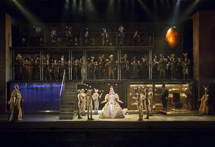 Z opery Achnaton Philipa Glasse