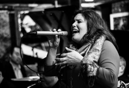 Americká jazzová zpěvačka v Komorním klubu