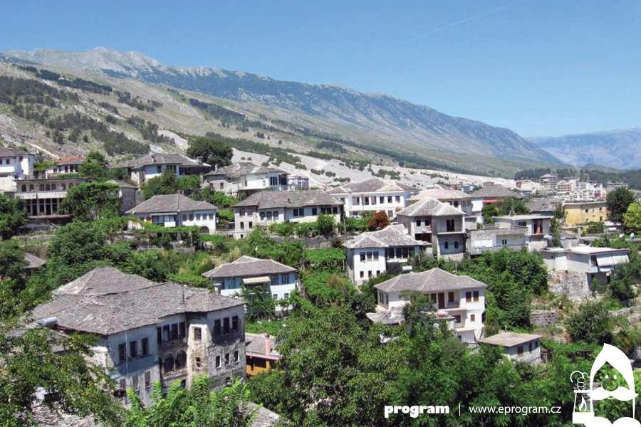 Albánie aneb Zemí Škipetarů