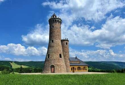 Jedna z nejkrásnějších rozhleden v Česku byla otevřena