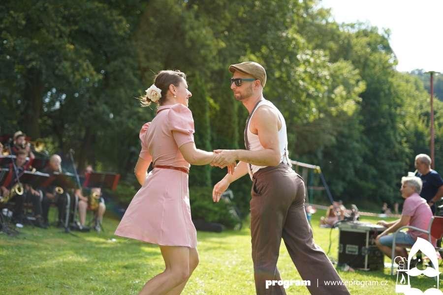 Letní swingové tančírny s hudbou či pikniky potěší Ostravany