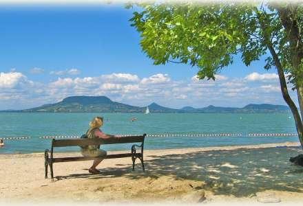 Zkuste Balaton i v září. Maďarské moře naplní vaše koupací i poznávací sny.