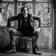 Justin Lavash sólo - skvělý kytarista z Velké Británie