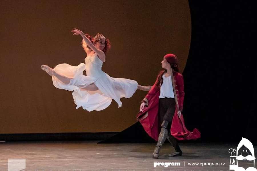 Balet NDM chystá premiéru výpravného baletu Korzár