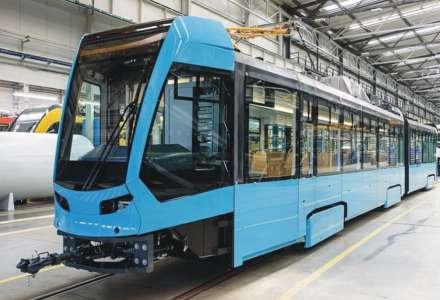 Dopravní podnik Ostrava představil první velkokapacitní tramvaj Škoda 39T