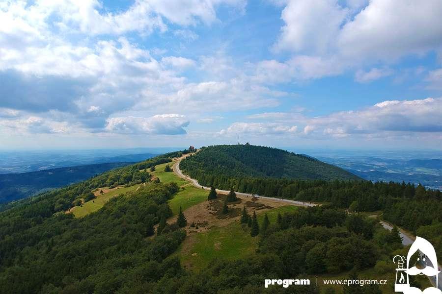 ZPinduly na Radhošť a Pustevny za turistikou, přírodou i památkami