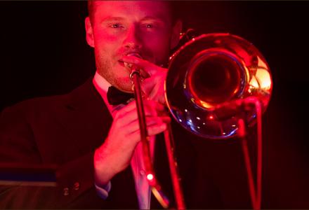 Rozhovor s Markem Schollerem, kapelníkem bigbandu New Time Orchestra