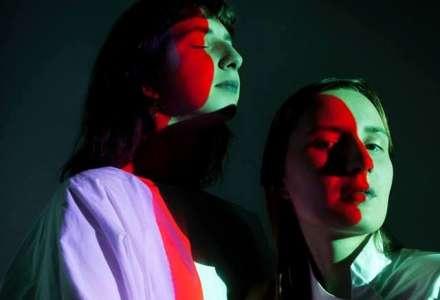 Abstraktní opera sesterského uměleckého kolektivu