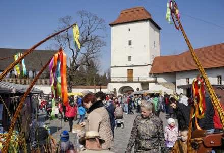 Tradiční velikonoční jarmark v areálu Slezskoostravského hradu