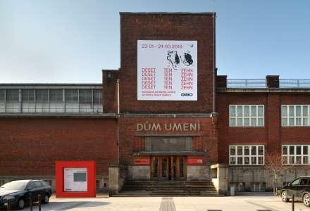 Výstavy v GVUO končí, Dům umění čeká rekonstrukce střechy