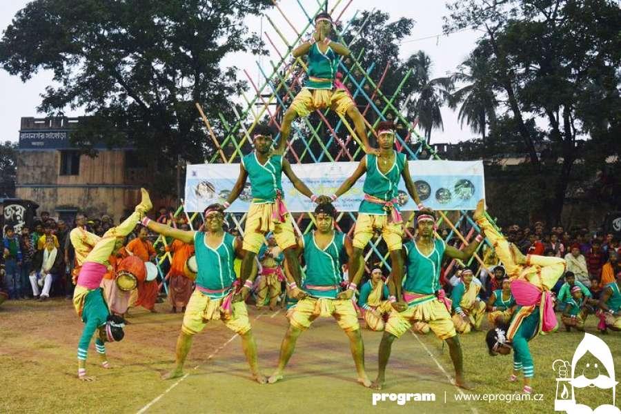 Letošní Festival v ulicích představí omamnou kulturu Indie. Zahraje ale také Michal Hrůza nebo Voxel